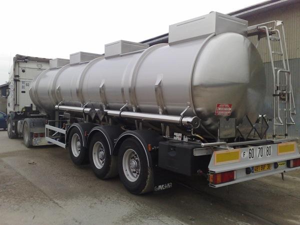 Camion citerne transports prudhomme transporteur reims for Camion citerne eau remplissage piscine